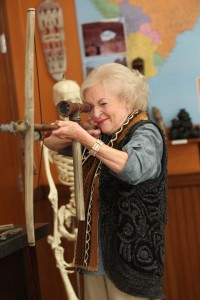 Betty White cameos in 'Community'