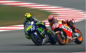 did-rossi-or-didn-t-he-kick-marquez-out-of-the-race-at-sepang-101371_1